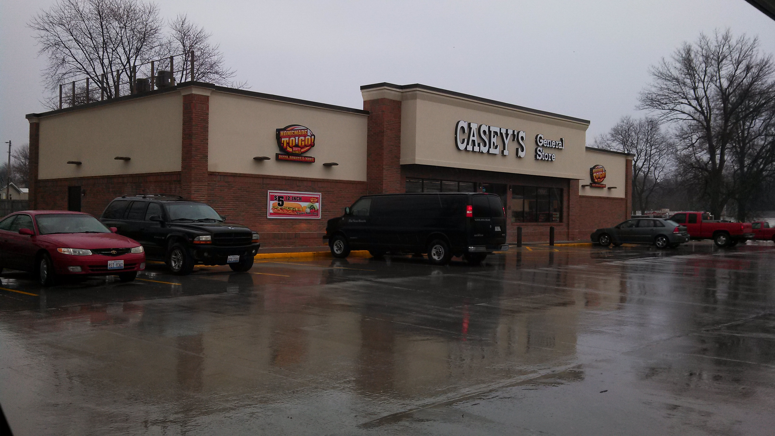 5 reviews of Casey's Carry Out